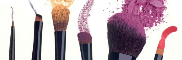 Незамінні помічники вашого ідеального макіяжу (ВІДЕО)