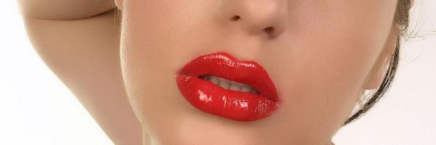 Як не потрібно фарбувати губи? Запитаємо в чоловіків!