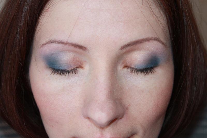 жіночі очі